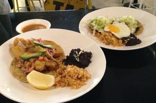 Fish Tacos and Tostadas el caliente mexican food