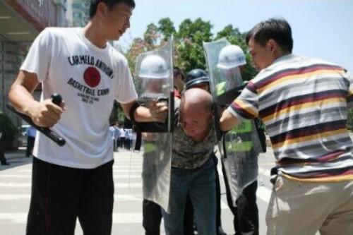 futian anti terrorism school students knife attack violence shenzhen