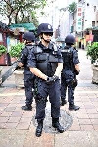 guangzhou police patrol armed guns
