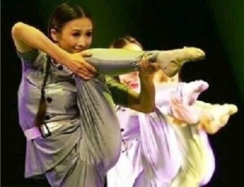 foot gun chinese internet meme national defense