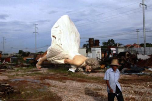 marilyn monroe statue giant guigang guangxi