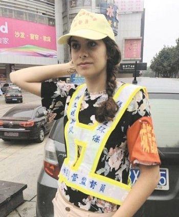 expat traffic warden zhuzhou henan chengguan